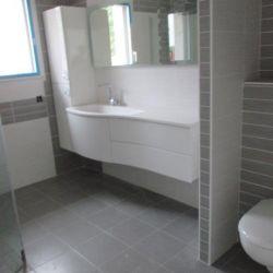 Sanitaire dans une construction neuve